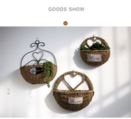Wholesale Wholesale Pots Hanging Baskets - 2017 vintage flower Storage Holders Creative Potted plants House Decor Wall hanging Straw Weave flower basket Wall Decoration 2017 wholesale