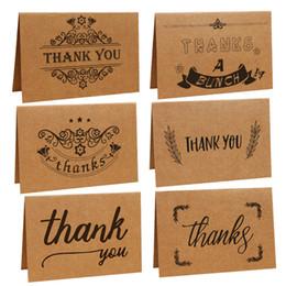 Diseños de la tarjeta de agradecimiento online-Vintage Kraft Paper Thanks card 6 Diseños de guirnaldas Tarjetas de agradecimiento con envoltorios marrones para banquete de boda Suministros para eventos S2017392