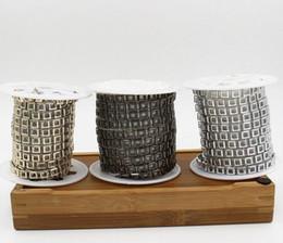 20carte creuse carrée perles UV plaqué garniture de chaîne pour la couture sac apperal chaussures cap collier décoration ? partir de fabricateur