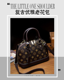 Wholesale Famous Boys - Free Shipping!Shell bag High quality real leather Classic Damier Azur With Strap Women Famous Brand Canvas Handbags oxdiex leather Bag M5315