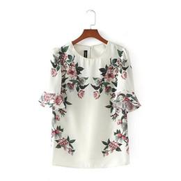 Wholesale Europe Woman S Ladies Blouses - Europe Style Floral Printed White Women Chiffon Blouses 2017 New Fashion Casual Loose Short Sleeve Ladies Shirt camisa feminina
