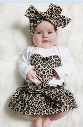 Wholesale Leopard Skirt Bow - Ins Babies Leopard Sets Infant Baby Girls Heart Romper with Leopard Skirts with Bow Headbands 2017 Childrens Three Pieces