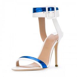 Billige blaue sandalen online-Weiß Blau Sandalen Für Frauen Sommer Stil Nach Maß Plus Größe Günstige Modest Plus Size Mode Schnalle Abendgesellschaft Schuhe Hohe Dünne Fersen