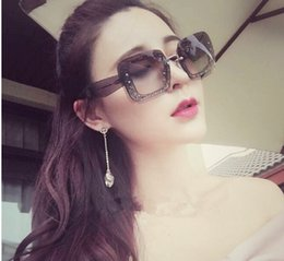 Wholesale Large Framed Mirrors Wholesale - The new miu large frame sunglasses women fashion trend color film wild round face sunglasses factory direct YYY
