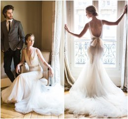 Wholesale Sexy Mermaid Tail Wedding Dresses - Elegant Long Tail Wedding Dresses robe de mariage Sexy Simple Plunging V-Neck Pearl Backless Modest Mermaid Bridal Dress with Crystal Belt