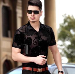 maillot de soie en gros Promotion Gros-Hot Summer Dress 2016 Mode Mesh Mens Voir à travers Chemises Hommes Chemise Soie Sexy Floral Hommes Chemise Décontractée Manches Courtes 3XL