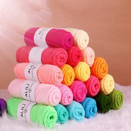Wholesale wholesale knitting cotton yarns - Wholesale Bamboo Baby Soft Yarn Crochet Cotton Knitting Milk Cotton Yarn Knitting Wool Thick Yarn katoen garen lanas para tejer