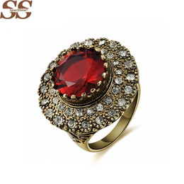 Wholesale Vintage Retro Ring Silver - Retro Red Diamond Ring Broad Side Bijoux Ruby Jewelry Sapphire Diamond Jewelry Vintage Bijouterie Rings For Women
