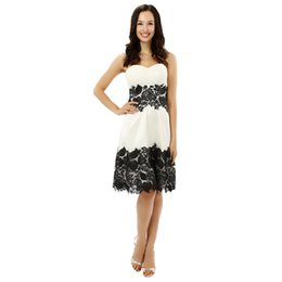 Wholesale Sparkly One Shoulder Homecoming Dresses - White Black Lace Up Back Homecoming Dresses A-line Sweetheart Satin Lace Knee Length Sparkly Sweet 16 Cocktail Dresses