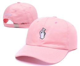 Wholesale Snapbacks Love - 2016 HOT White Black Pink Fashion Love Hands Street Snapbacks Baseball Cap Sun Hat golf cap YEEZUS HATS Sport Cap 12Colors Free shipping