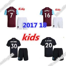 Wholesale Noble Football - Good quality 2017 2018 kids West Ham United soccer jersey youth kits set 17 18 LANZINI CARROLL PAYET NOBLE away football shirt