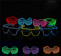 2019 el wire néon bleu Bleu el lunettes El Fil Mode Néon LED Lumière Up Shutter En Forme Glow Rave Costume Party DJ Lumineux Lunettes Gros Livraison Gratuite el wire néon bleu pas cher