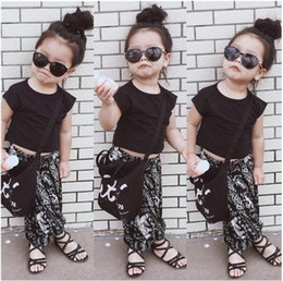 Wholesale Childrens Animal T Shirts - 2016 Summer New Arrival Hot Sale Childrens Sets Girls Kids Black T shirt and Haren Flower Pants Two-Piecess Sets Baby Girls Modern Sets