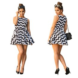 Wholesale Cheap Ladies Cotton Dresses - Hot Sale Cheap Black and White Wave Striped Short Dress Crew Neck Sleeveless A line High Quality Fashion Lady Dress Real Picture 2017