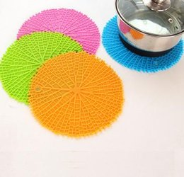 Wholesale Round Dining Table Pads - DHL Free Ship,30Pcs Tree texture Silicon dining table placemat coaster kitchen accessories mat cup cartoon animal drink pads