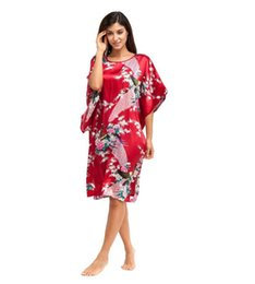 Wholesale Traditional Kimono Robe Women - Wholesale-Hot Sale Burgundy Women Silk Robe Dress Gown Chinese National Sleepwear Nightshirt Flower&Peacock Kimono One Size NR111