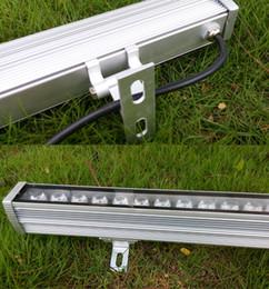 Barras de lavagem led ao ar livre on-line-Lâmpada exterior da barra clara da arruela da parede do diodo emissor de luz IP66 36W Lâmpada exterior da barra clara da arruela da luz impermeável 36W Branco quente branco frio azul CE ROSH