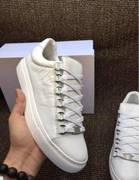 Wholesale White Hi Tops Shoes - Best Edition Quality Low Top Arena Sneakers Wrinkle Leather Kanye West Casual Shoes Fashion Men's Hi Street Boy Walking Shoes