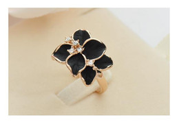 Wholesale Dhl Jewellery - Women Enamel Gardenia Flower Crystal Gold Alloy Nickel-Free Cute Ring Size 7 Jewelry Fashion Black White Rings Lady jewellery Free Ship DHL