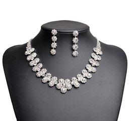 Wholesale 15 Dresses Free Shipping - 2017 New Jewelry Necklace Earring Set Cheap Wedding Bridal Prom Cocktail Evening Dresses Rhinestone 15-042 In Stock Free Shipping