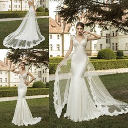 Wholesale Wedding Dresses Detachable Skirts - 2018 New Elegant Detachable Two Pieces Wedding Dresses Mermaid Vestidos de Noiva Sexy V Neck Beaded Vintage Applique Tulle Bridal Gowns