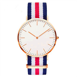 Wholesale Men Wholesale Luxury - Luxury Brand Watch Men Women Unisex Nylon Strap Watches Fashion Military Quartz Daniel Wristwatch Chirstmas Birthday Wedding Gift Watches
