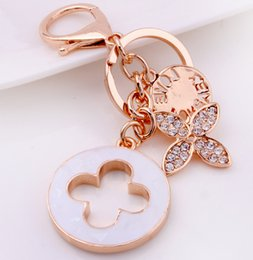 Wholesale Ship Bottle Charm - New Beautiful Clover Key Chains Creative Keychain Fashion Keyring Metal Key Ring Holder Car Accessories Women Bag Charm Drop Shipping