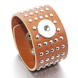 Wholesale Leather Turquoise Bracelets - 3 Colors 21cm Snap Bracelet Real Leather Rivet Bracelet Fit 18mm Snap Button Bracelet Punk Style For Men Jewelry 9476