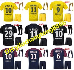 Wholesale Paris Kids - 2017 2018 Best Quality Paris kit KIDS Football jersey Saint Di Maria Matuidi Silva WIJNALDUM FIRMINO Cavani Football shirt + sock