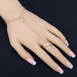 Wholesale Chain Connect Ring - Hand Chain Europe and the United States Inlaid Rhinestone Simple Chain Ring Connect Your Finger Bracelet