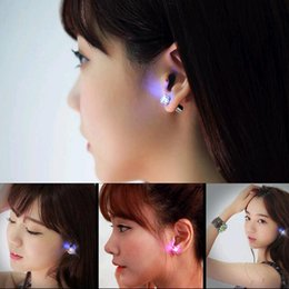 orecchini a forma di orecchini Sconti Orecchino essenziale dell'orecchino dei monili dell'orecchino della vite prigioniera dell'orecchino della vite prigioniera dell'orecchio dell'orecchino dell'orecchino della vite prigioniera dell'orecchio di cristallo dei monili caldi di modo delle donne