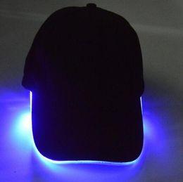 2019 ha condotto il cappello del cappello del cappello LED Light Hat LED Flash Cappelli Berretti da baseball Light LED Cappelli Cappelli per feste Ragazzi Grils Cap Moda Luminoso Hat Ball Caps Hip-hop Hat ha condotto il cappello del cappello del cappello economici