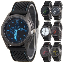 Wholesale Men Jelly Watches - Unisex Black silicone watch Sports mens women watches Fashion rubber jelly quartz casual wrist watches for men
