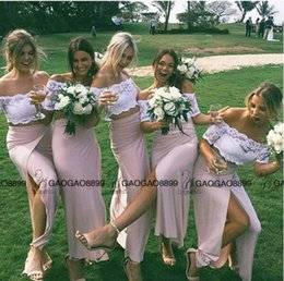 Wholesale Short Bridesmaids Dresses Hands - Cheap Lace Two Pieces Boho Party Country Split Bridesmaid Dresses 2017 Fashion Off-shoulder Short Sleeve Maid Of Honor Wedding Party Dress