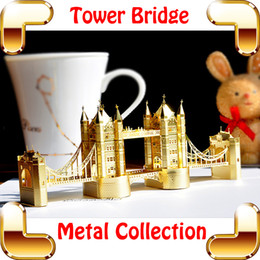 Wholesale Space Model Toys - New Year Gift London Tower Bridge 3D Metal Building Toy Miniature Model Scale Decoration DIY Mini Bridge Space Toys Simulation