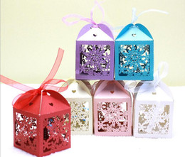 Wholesale Laser Cut Paper Ribbon - 100pcs Laser Cut Hollow Snowflake Candy Box Chocolates Boxes With Ribbon For Wedding Party Baby Shower Favor Gift