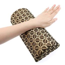 Maniküre Hand Kissen Matte Kit Nail Art Hand Halter Rest Soft Salon Werkzeug Wh998 Schönheit & Gesundheit Handauflagen