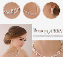 Wholesale Pearl Necklace Clasp Designs - Unique Design Crystal Rhinestone Pearls Bridal Accessories Necklace Earrings Accessories Wedding Jewelry Sets 2016 May Style