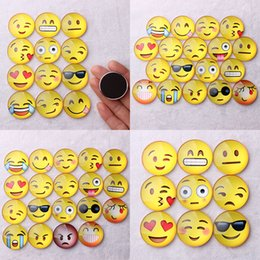 Neveras gratis online-Nuevo Imán Emoji Glass Dome Redondo Sonrisa Expresiones de la Cara Imán de Nevera Titular Mensaje Etiqueta del Refrigerador Envío de DHL WX-C37