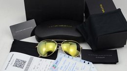 Marca VB 2016 Aviador hombres mujeres últimas Ojo big victoria beckham gafas de sol polarizadas con tarjeta de prueba de lente, factura, paquete de regalo desde fabricantes