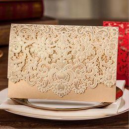 Argentina Kits de tarjetas de invitaciones de boda de corte por láser horizontal de 100 piezas de oro con flora hueca favorece el papel de perla cartulina para personalizar Suministro