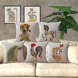 2019 sofá almofadas raposa Totem algodão travesseiro capa de almofada do sofá do carro do escritório fronha de macaco porco galo fox frog cavalo tigre fronha 240447 sofá almofadas raposa barato