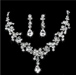 Wholesale Fashion Earrings Bling - Bling Bling Silver Rhinestone Pendant Statement Necklace Earrings Jewelry Set Fashion Jewelry Bridal Wedding Dress Jewelry Sets