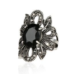 Wholesale Tibetan Wedding Ring - Fashion Jewelry Vintage Antique Outlook Tibetan Silver Color Hollow Out Solitaire Rings Cutting Big Black Flower Rings for Women