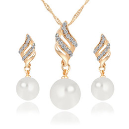 Wholesale Pearl Sets For Wedding - Fashion Imitation Pearl Jewelry Sets Rhinestone Gold Color Necklace Sets for Women Bridal Wedding Water Drop Earrings