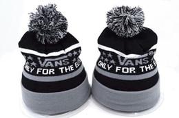 Wholesale Hockey Team Hats - 2018 new Wholesale winter Beanie Knitted Hats vans baseball football basketball beanies sports team Women Men popular fashion winter hat DHL