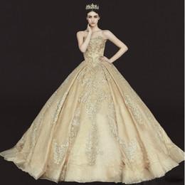 Robes de mariée monarque en Ligne-De haute qualité élégante Royal robes de mariée en or 2018