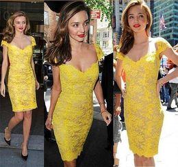 Wholesale Miranda Kerr Short Dresses - Miranda Kerr Short Prom Dresses 2016 Sweetheart Sheer Lace Vestidos de Festa Yellow sheath Formal party Celebrity Gowns