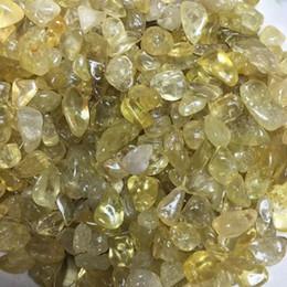 Piedras de jardín de grava online-100g grava de cristal surtido natural piedra piedra triturada Mini cayó fuente de piedra jardín casero espécimen mineral decoración