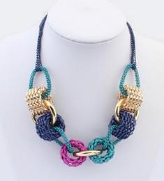 2019 hellgrün jade anhänger gold Fashion Hot Statement Halskette Verkauf koreanische personalisiert Candy Farbe Cirlcle personalisierte Chunky Choker Bib Aussage Halskette